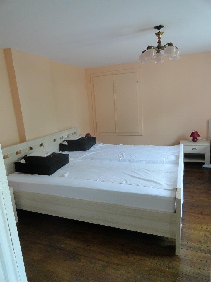 Chiny gite Embarcadere 56 chambre rose